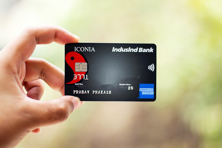 IndusInd Iconia Amex hands-on experience with Amazon & Flipkart welcome vouchers