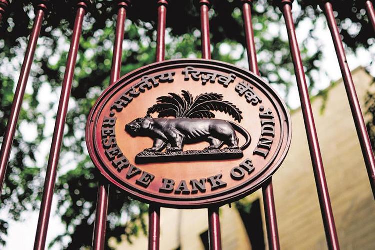 RBI announces 3 Months moratorium on Credit Card dues: should you go for it?